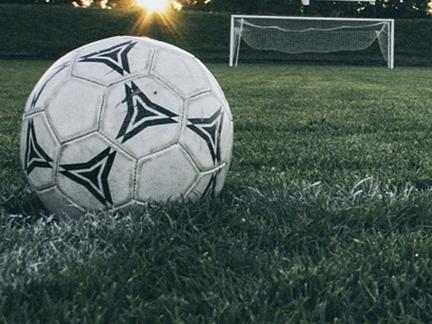 Football 1486353 1280